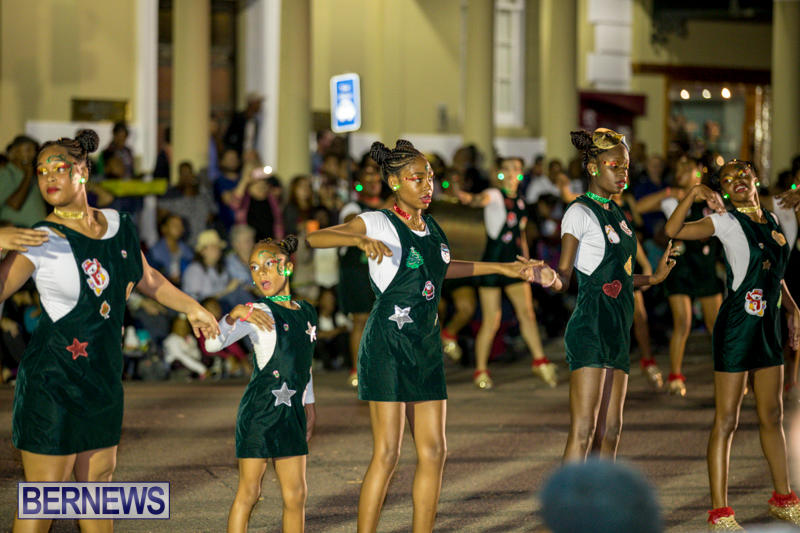 Marketplace-Christmas-Parade-Bermuda-November-26-2017_1695