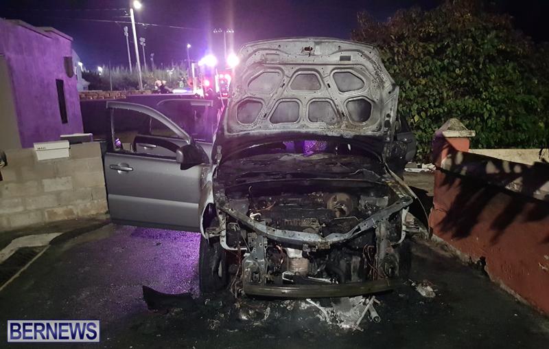 fire bermuda Nov 16 2017