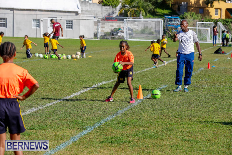 BSG-ABC-Football-Foundations-Power-of-One-Spirit-Day-Bermuda-December-8-2017_4333