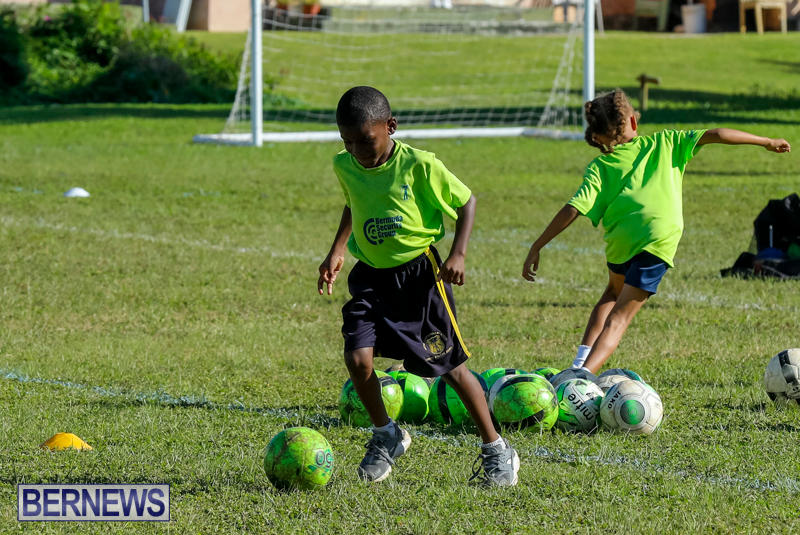BSG-ABC-Football-Foundations-Power-of-One-Spirit-Day-Bermuda-December-8-2017_4351