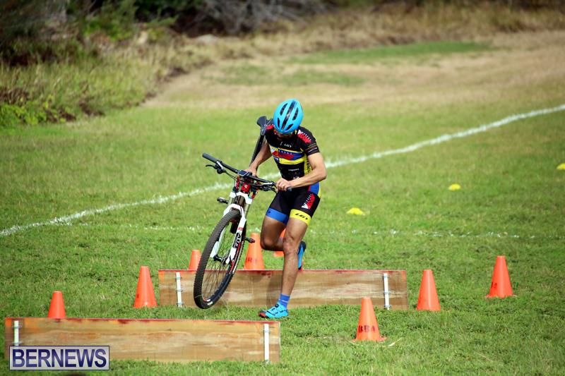 Bermuda-Cyclocross-Shelly-Bay-Field-Dec-3-2017-10
