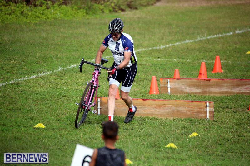 Bermuda-Cyclocross-Shelly-Bay-Field-Dec-3-2017-12