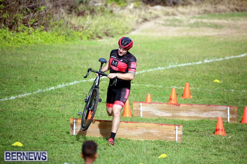 Bermuda-Cyclocross-Shelly-Bay-Field-Dec-3-2017-16