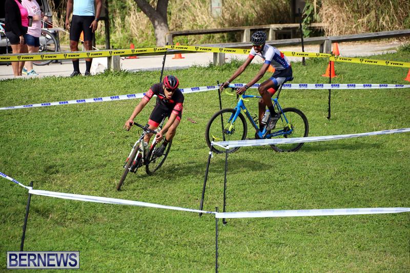 Bermuda-Cyclocross-Shelly-Bay-Field-Dec-3-2017-18