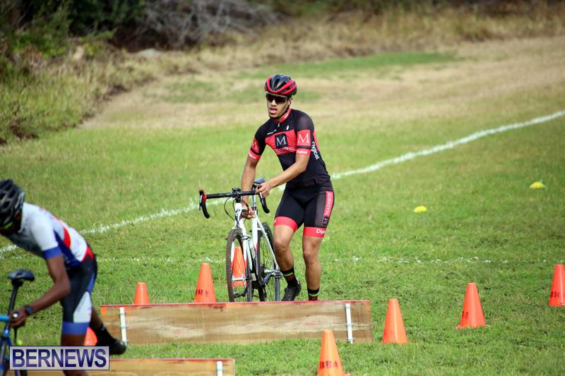 Bermuda-Cyclocross-Shelly-Bay-Field-Dec-3-2017-7
