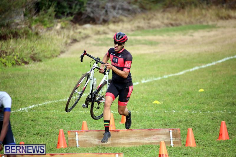 Bermuda-Cyclocross-Shelly-Bay-Field-Dec-3-2017-8