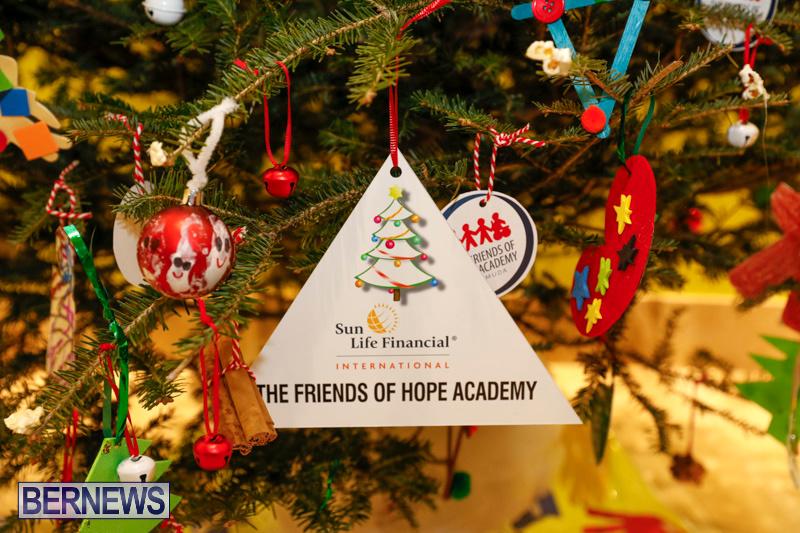 Charity-Christmas-Tree-Event-Washington-Mall-Bermuda-December-11-2017-4468
