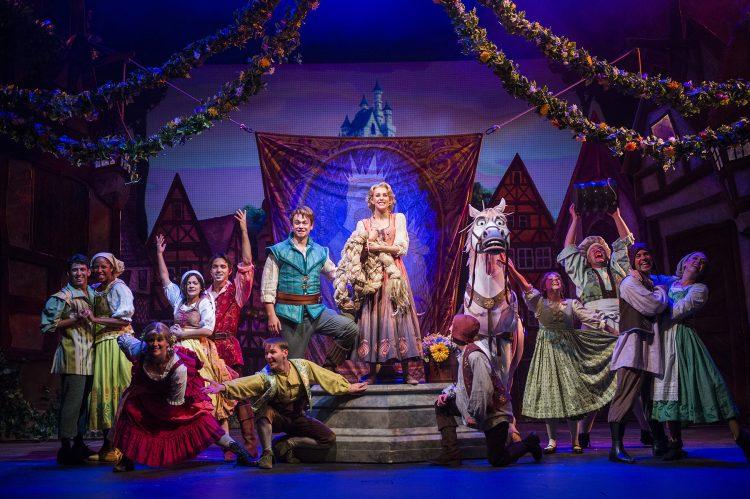 Disney-Magic-cruise-ship-December-2017-15