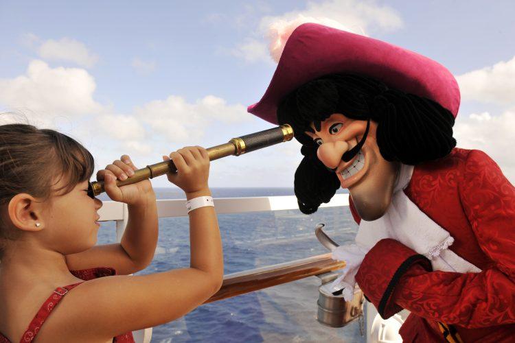 Disney-Magic-cruise-ship-December-2017-17
