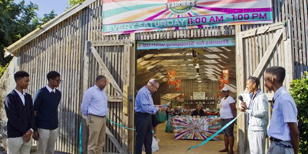 Farmers'-Market-Bermuda-Dec-2-2017-TC