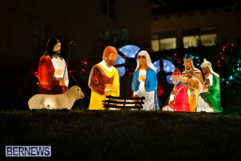 Flatts-Hill-Christmas-Decorations-Lights-Bermuda-December-20-2017-6641