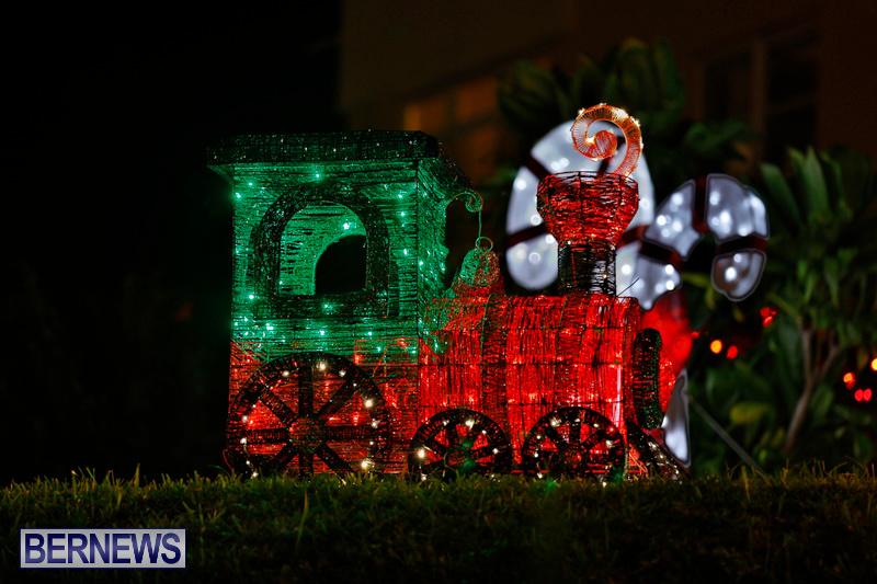 Flatts-Hill-Christmas-Decorations-Lights-Bermuda-December-20-2017-6645
