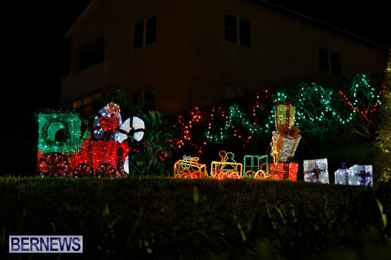 Flatts-Hill-Christmas-Decorations-Lights-Bermuda-December-20-2017-6653