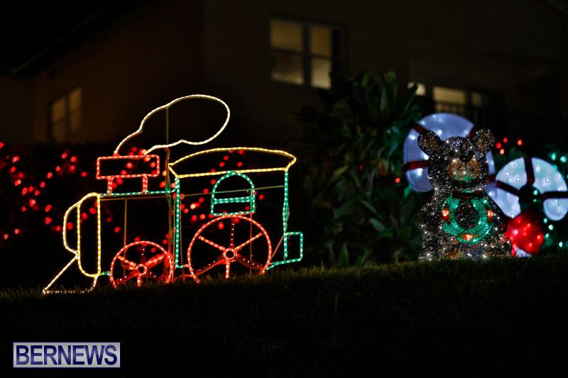 Flatts-Hill-Christmas-Decorations-Lights-Bermuda-December-20-2017-6669
