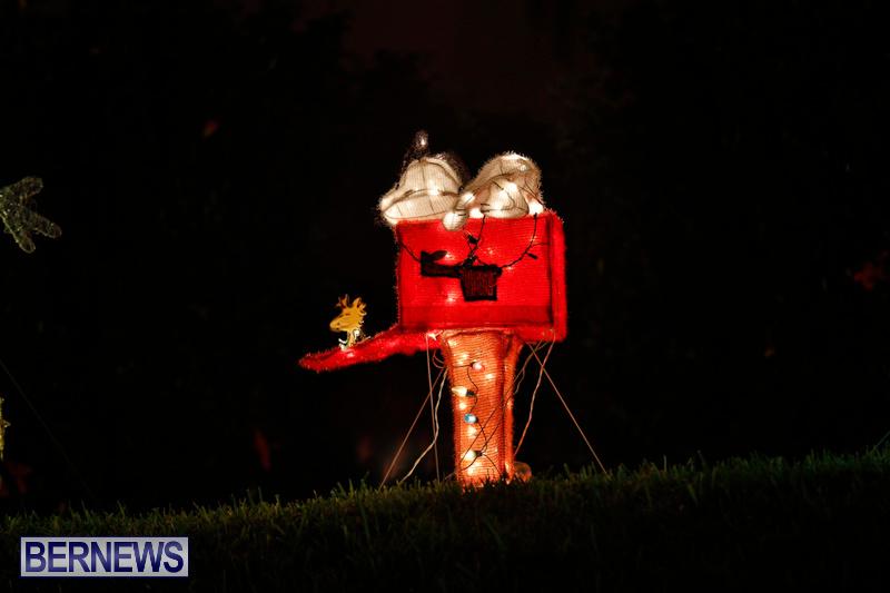 Flatts-Hill-Christmas-Decorations-Lights-Bermuda-December-20-2017-6673