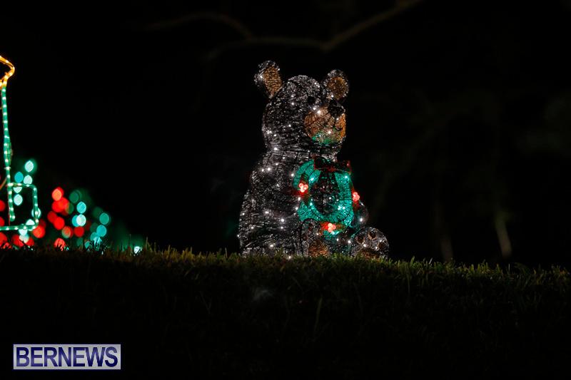 Flatts-Hill-Christmas-Decorations-Lights-Bermuda-December-20-2017-6677