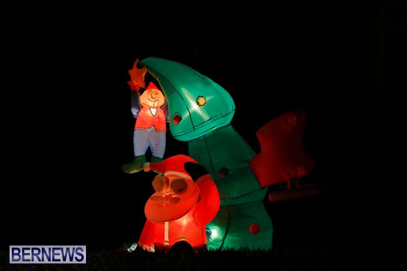 Flatts-Hill-Christmas-Decorations-Lights-Bermuda-December-20-2017-6685