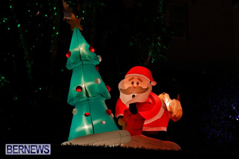 Flatts-Hill-Christmas-Decorations-Lights-Bermuda-December-20-2017-6693
