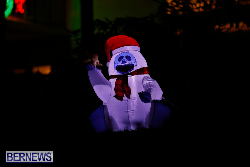 Flatts-Hill-Christmas-Decorations-Lights-Bermuda-December-20-2017-6717