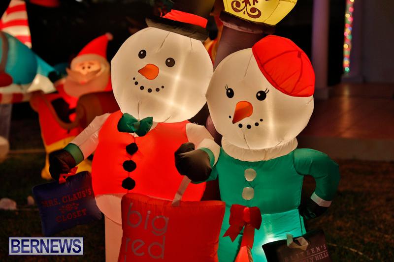 Flatts-North-Shore-Road-Christmas-Decorations-Lights-Bermuda-December-20-2017-6832