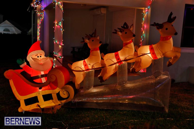 Flatts-North-Shore-Road-Christmas-Decorations-Lights-Bermuda-December-20-2017-6836