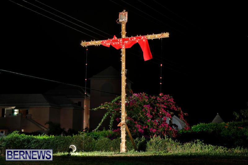 Flatts-North-Shore-Road-Christmas-Decorations-Lights-Bermuda-December-20-2017-6864