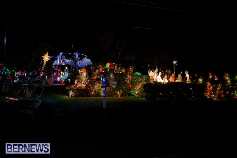 Flatts-North-Shore-Road-Christmas-Decorations-Lights-Bermuda-December-20-2017-6884