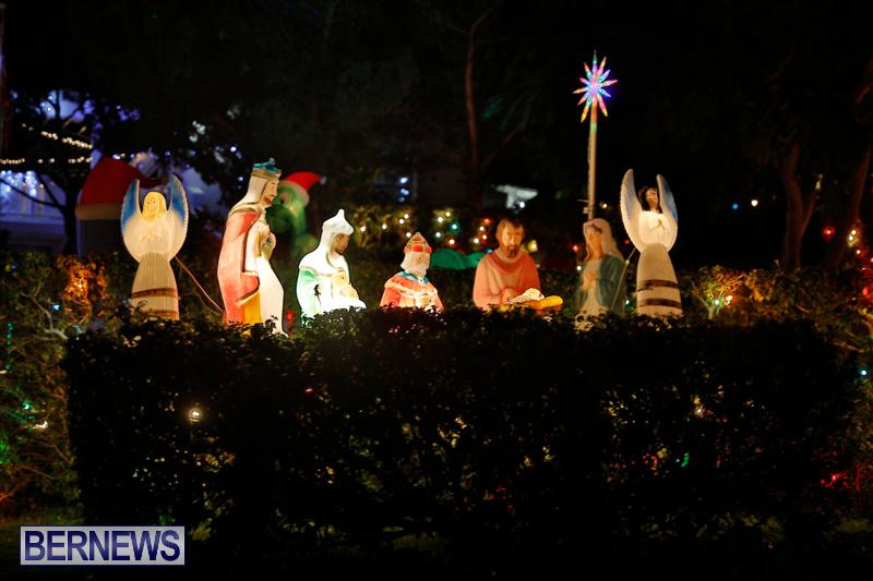 Flatts-North-Shore-Road-Christmas-Decorations-Lights-Bermuda-December-20-2017-6892