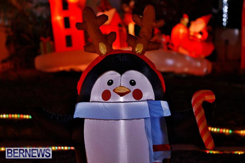 Flatts-North-Shore-Road-Christmas-Decorations-Lights-Bermuda-December-20-2017-6928