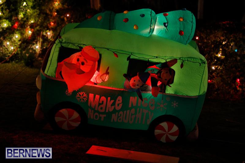 Flatts-North-Shore-Road-Christmas-Decorations-Lights-Bermuda-December-20-2017-6984