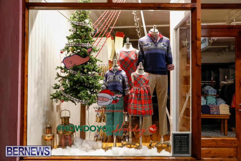 Hamilton-Storefronts-Christmas-Decorations-Lights-Bermuda-December-22-2017-7601