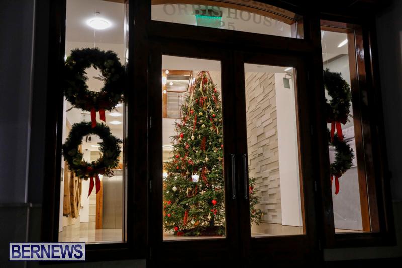 Hamilton-Storefronts-Christmas-Decorations-Lights-Bermuda-December-22-2017-7602