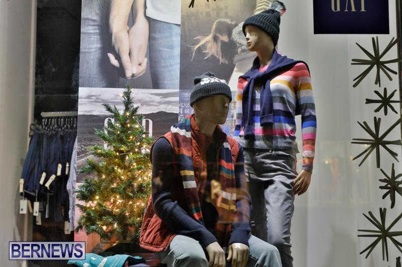 Hamilton-Storefronts-Christmas-Decorations-Lights-Bermuda-December-22-2017-7725