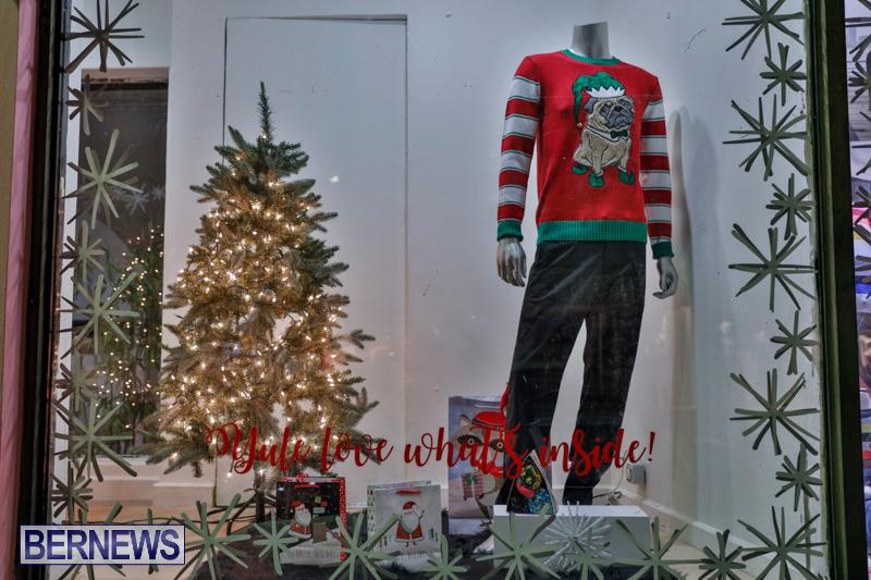 Hamilton-Storefronts-Christmas-Decorations-Lights-Bermuda-December-22-2017-7733