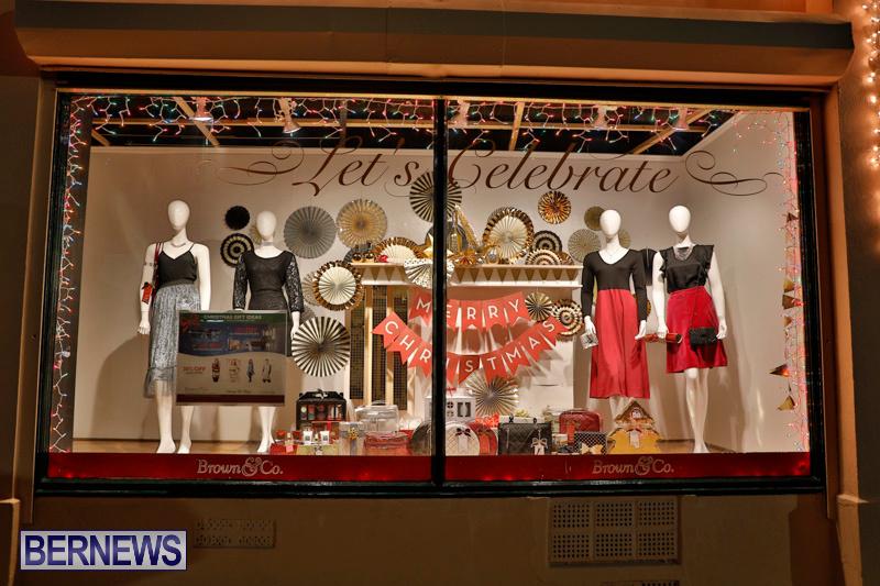 Hamilton-Storefronts-Christmas-Decorations-Lights-Bermuda-December-22-2017-7745