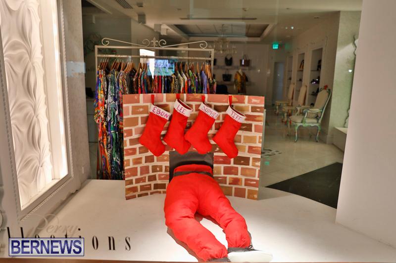 Hamilton-Storefronts-Christmas-Decorations-Lights-Bermuda-December-22-2017-7757