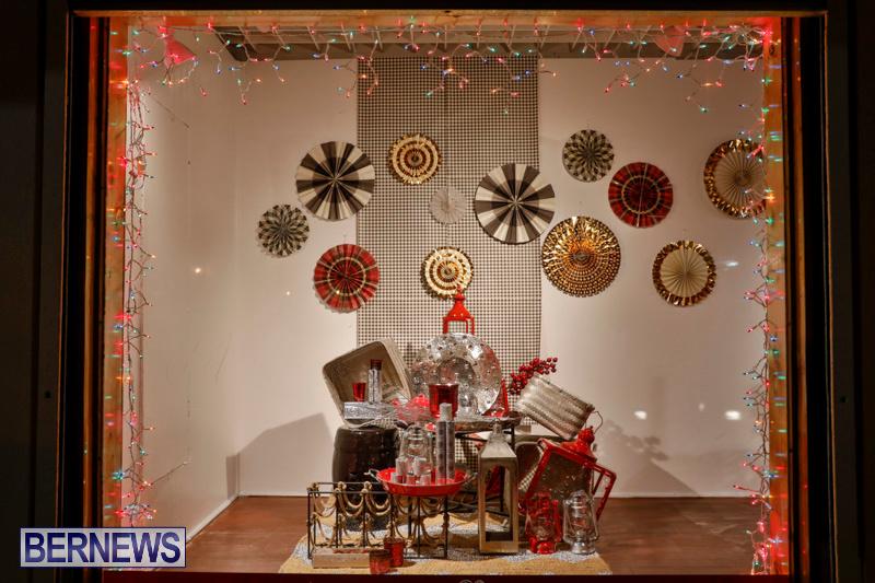 Hamilton-Storefronts-Christmas-Decorations-Lights-Bermuda-December-22-2017-7781