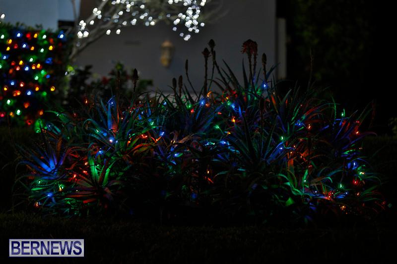 Jennings-Road-Christmas-Decorations-Lights-Bermuda-December-20-2017-6745