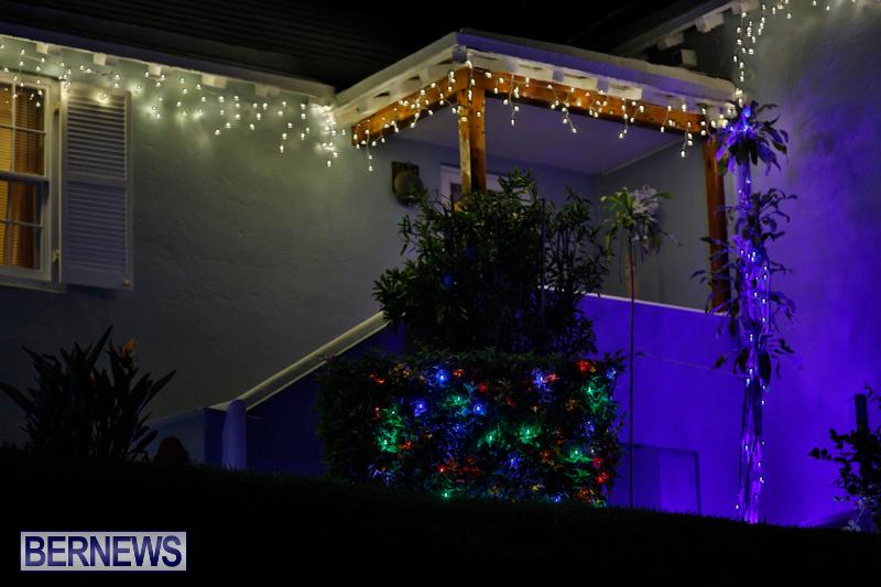 Jennings-Road-Christmas-Decorations-Lights-Bermuda-December-20-2017-6761