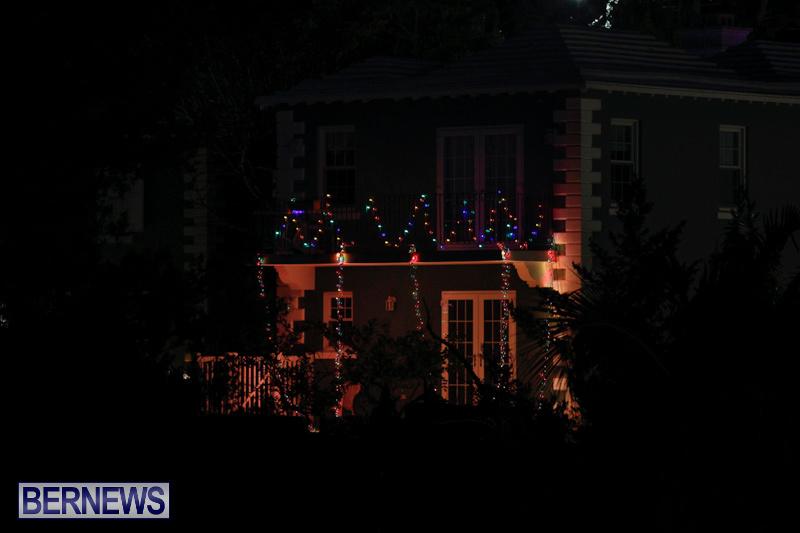 Jennings-Road-Christmas-Decorations-Lights-Bermuda-December-20-2017-6769