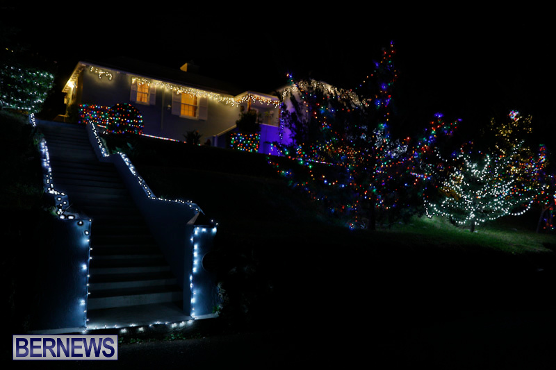 Jennings-Road-Christmas-Decorations-Lights-Bermuda-December-20-2017-6785