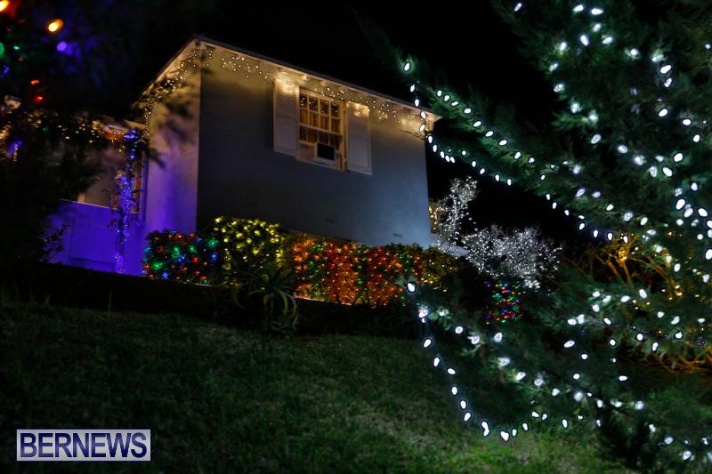 Jennings-Road-Christmas-Decorations-Lights-Bermuda-December-20-2017-6797