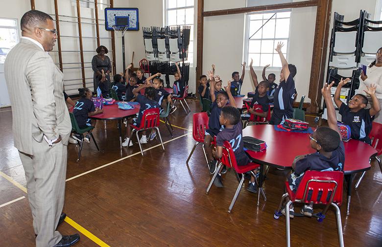 Paget Primary Students Bermuda Dec 11 2017 (1)