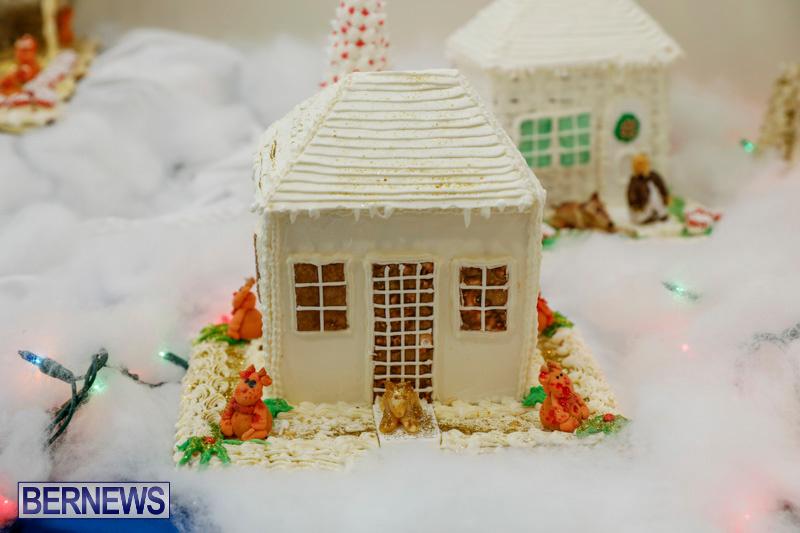 Sylvia-Richardson-Care-Facility-Christmas-Chef-Decorations-Bermuda-December-20-2017-6489