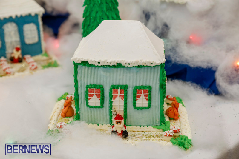 Sylvia-Richardson-Care-Facility-Christmas-Chef-Decorations-Bermuda-December-20-2017-6499