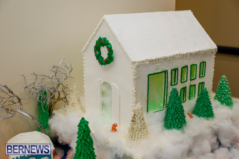 Sylvia-Richardson-Care-Facility-Christmas-Chef-Decorations-Bermuda-December-20-2017-6500