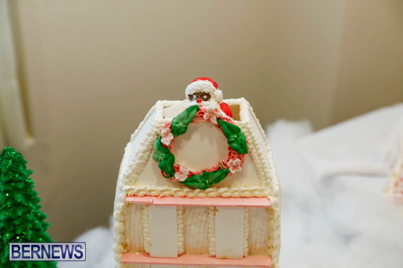 Sylvia-Richardson-Care-Facility-Christmas-Chef-Decorations-Bermuda-December-20-2017-6502