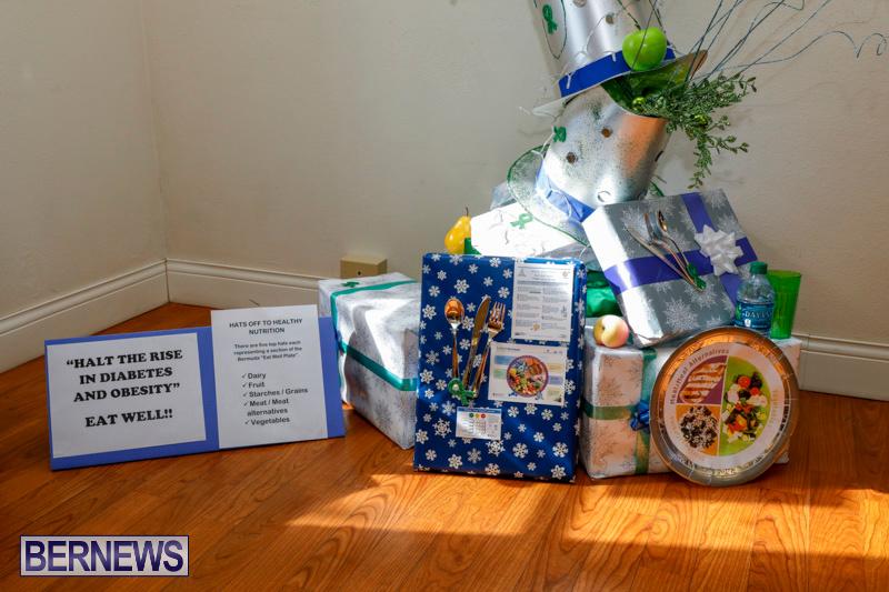 Sylvia-Richardson-Care-Facility-Christmas-Decorations-Bermuda-December-20-2017-6544
