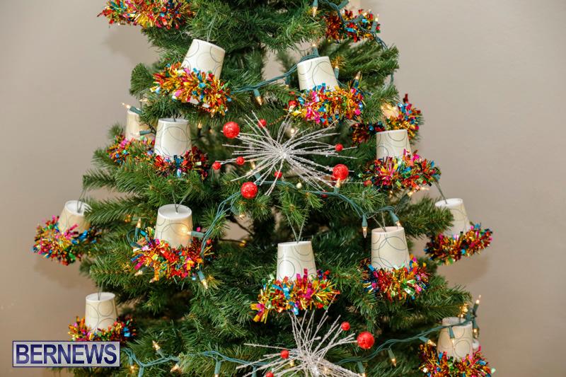 Sylvia-Richardson-Care-Facility-Christmas-Decorations-Bermuda-December-20-2017-6585