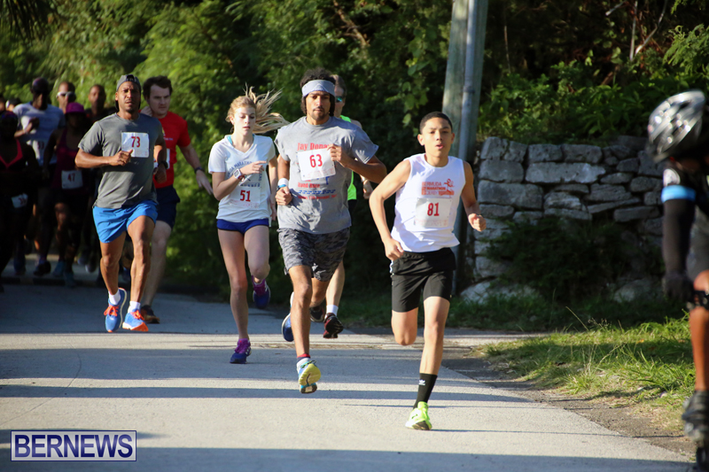 running-Bermuda-Dec-20-2017-1